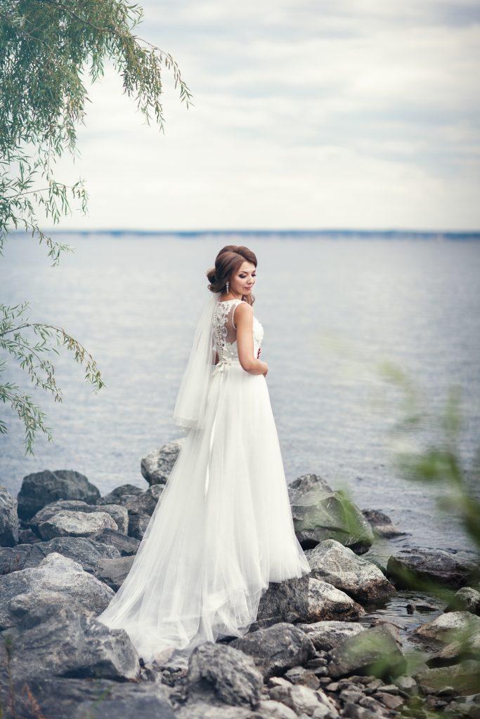 Невеста у Волги