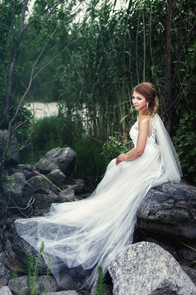 Невеста на камне